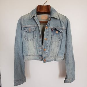 LEVI'S • cropped light wash jean jacket